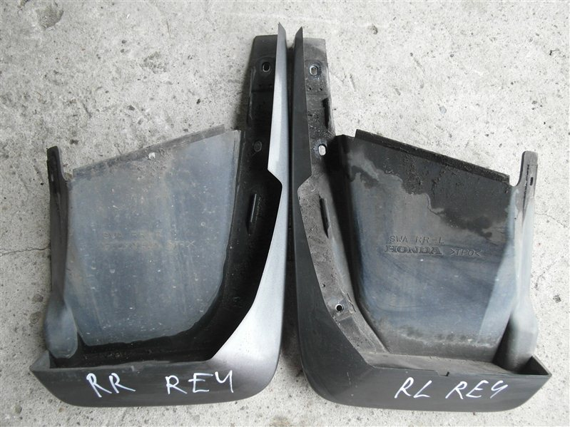 Брызговик Honda Cr-V RE4 K24A 2008 задний