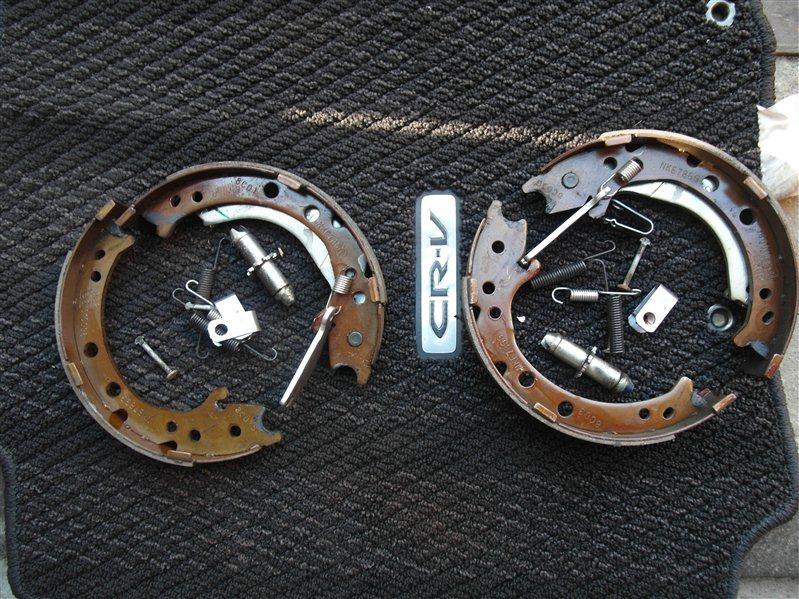Тормозные колодки Honda Cr-V RE4 K24A 2008
