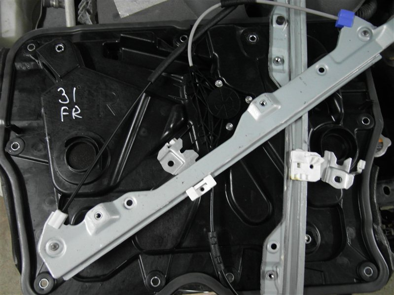 Стеклоподъемник Nissan X-Trail TNT31 QR25DE 2007 передний правый