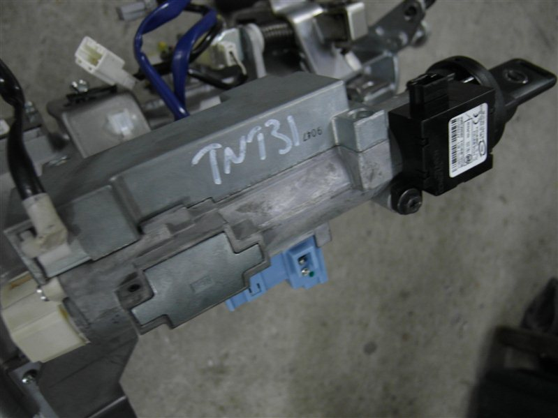 Ключ замка зажигания Nissan X-Trail TNT31 QR25DE 2007