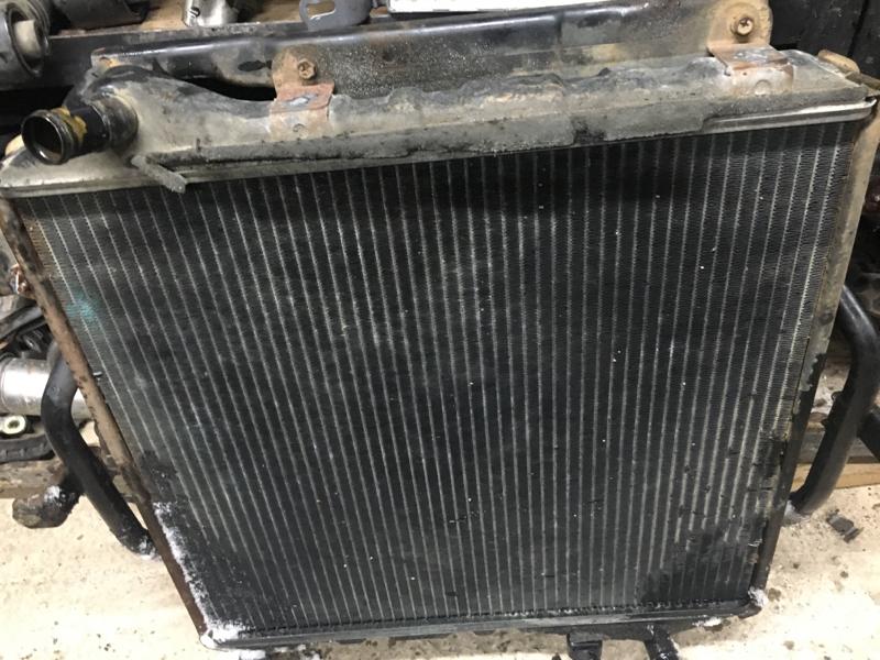 Радиатор основной Toyota Hiace/regiusace KZH106W 1KZ-FE 1995