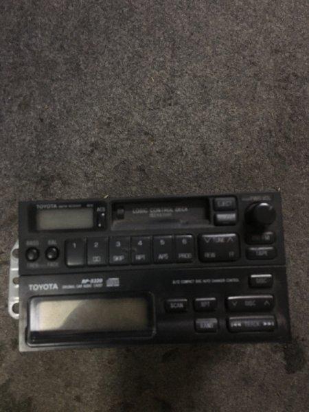 Магнитола Toyota Hiace/regiusace KZH106W 1KZ-FE 1995
