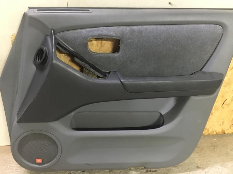Обшивка двери Toyota Harrier MCU15 1998 передняя правая