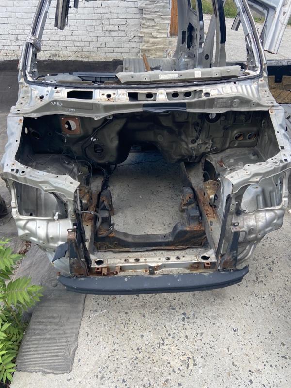 Передняя часть кузова Toyota Town Ace Noah CR50 3CTE 2200CC DIESEL TURBO 1998 передняя