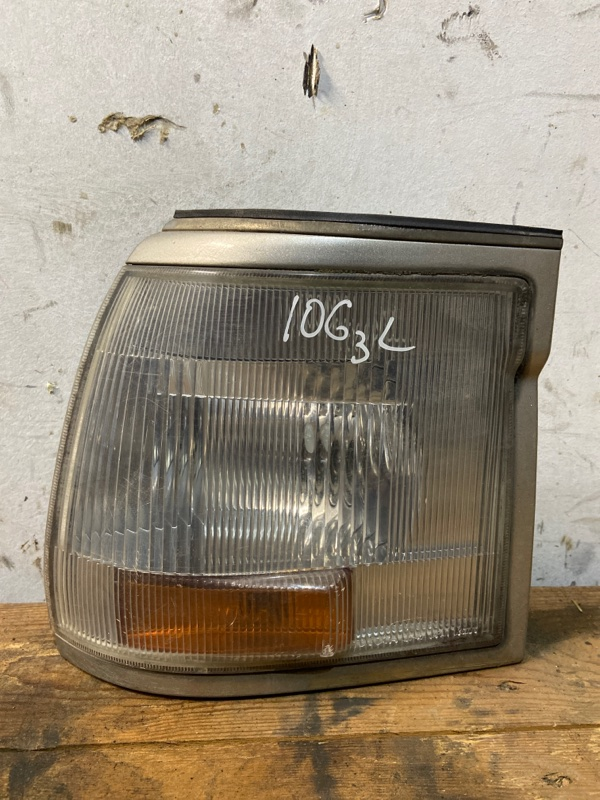 Габарит Toyota Hiace KZH106W 1KZ-TE 1995 левый
