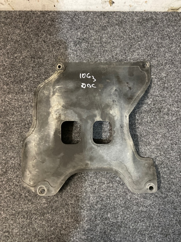 Защита двигателя Toyota Hiace KZH106W 1KZ-TE 1995