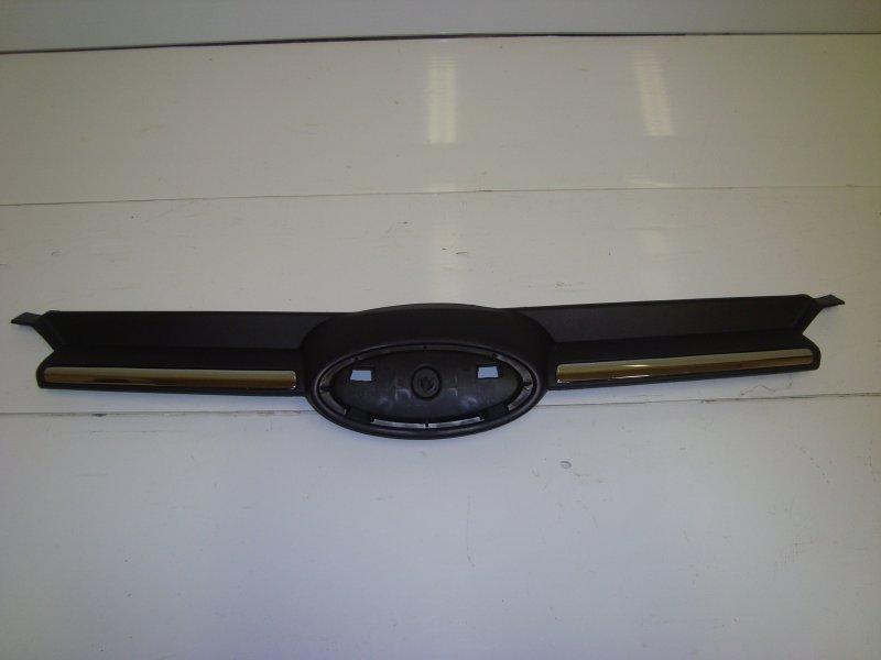 Решетка радиатора Ford Focus 3 CB8 1.6 2013 передняя верхняя