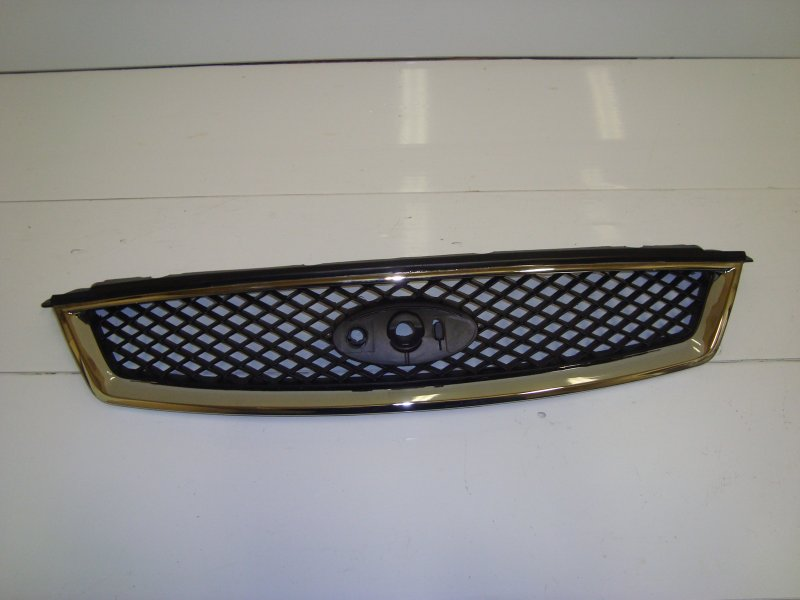 Решетка радиатора Ford Focus 2 CB4 2.0 2006 передняя верхняя