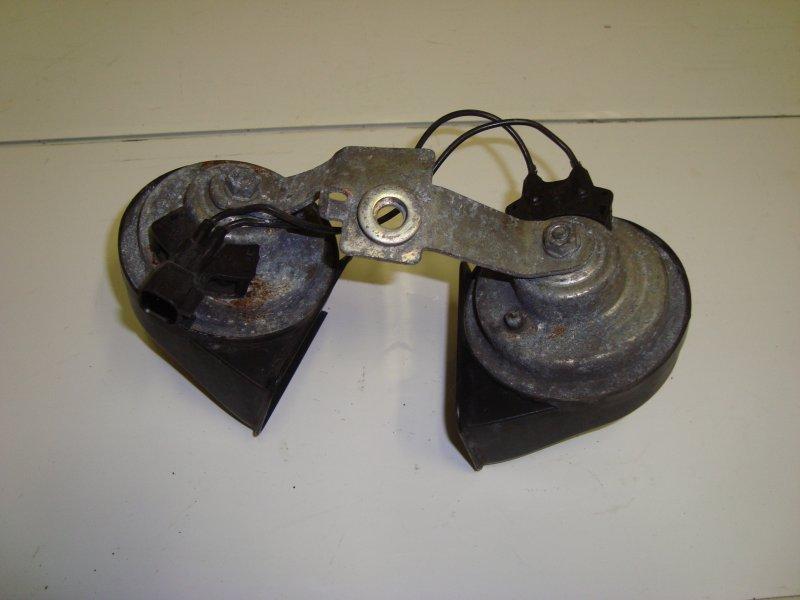 Звуковой сигнал (клаксон) Ford C-Max AODA 2006 (б/у)