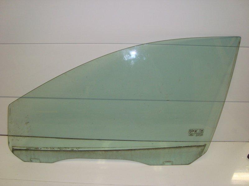 Стекло Ford Focus 2 CB4 2.0 2005 переднее левое (б/у)