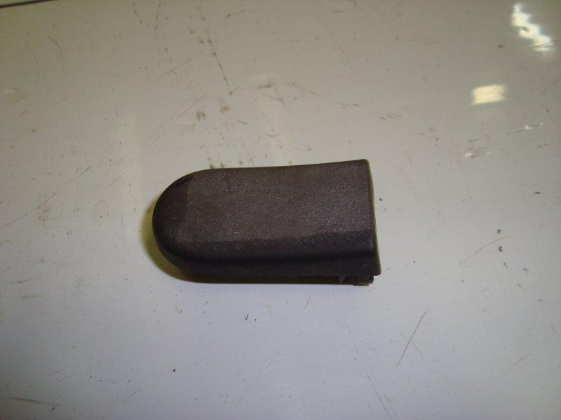 Концевик дверной ручки Ford Fusion DIESEL 2006 передний (б/у)