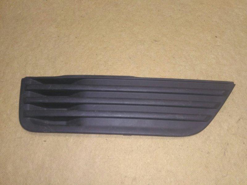 Заглушка бампера Ford Focus 2 CB4 1.8 2005 передняя правая (б/у)