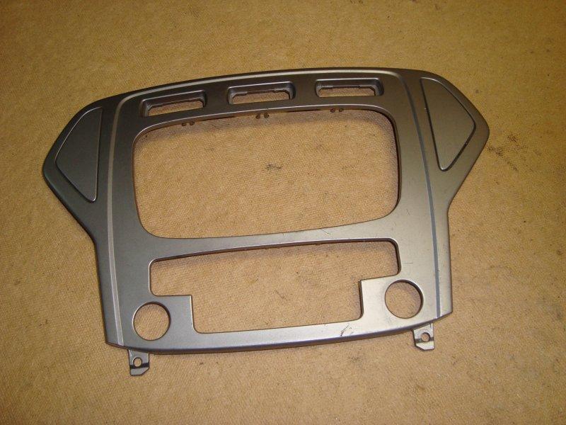 Рамка магнитолы Ford Mondeo 4 BD 2.0 2007 (б/у)