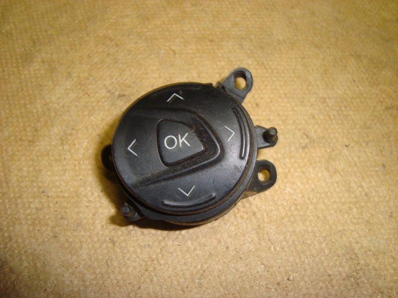Кнопка подушки руля Ford Focus 3 CB8 1.5 2013 левая (б/у)