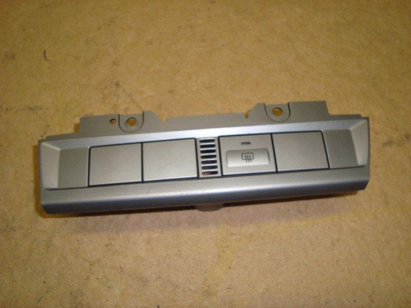 Рамка кнопок обогрева Ford Focus 2 CB4 1.6 2011 (б/у)