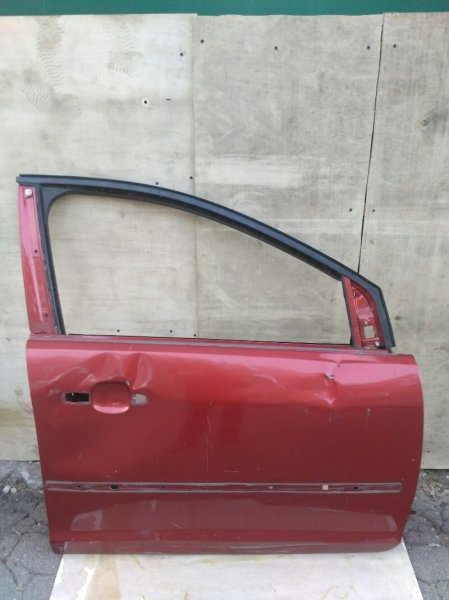 Дверь Ford Focus 2 1.8 2006 передняя правая (б/у)