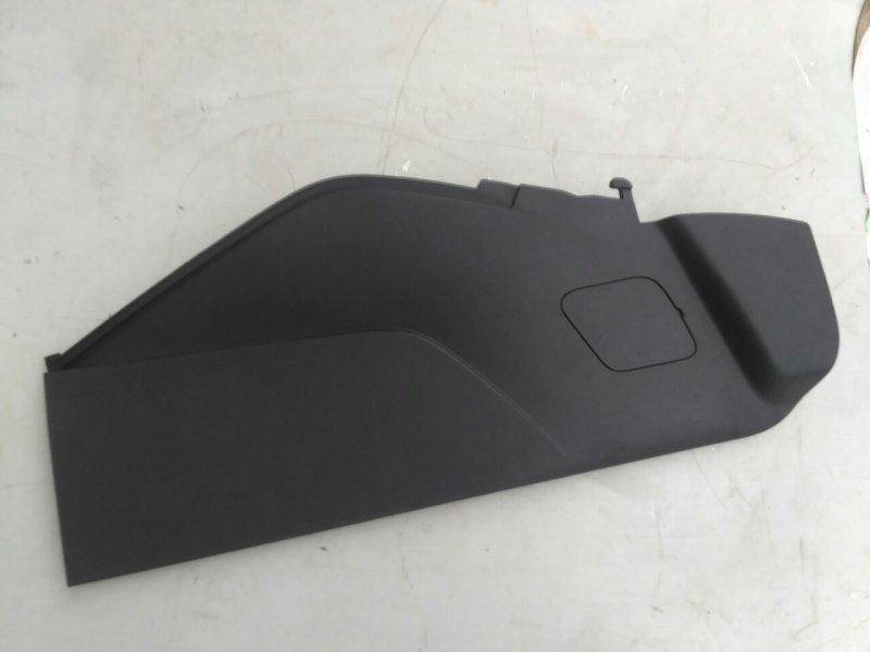 Накладка центрального тоннеля Ford Focus 3 правая (б/у)