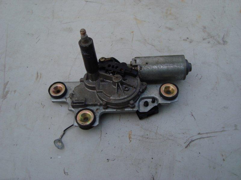 Мотор заднего стеклоочистителя Ford Focus 1 1.8 115 Л.С. задний (б/у)