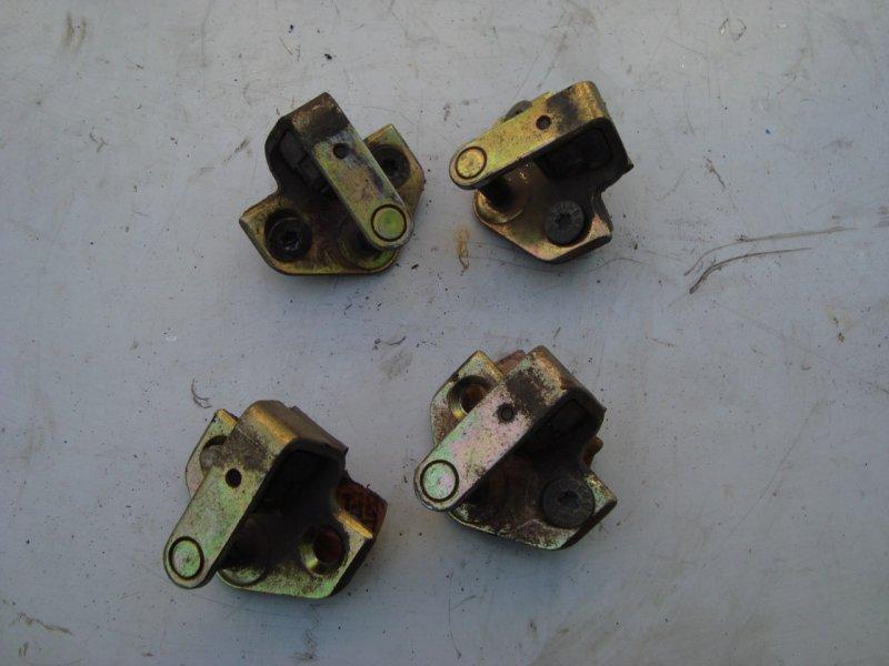 Ответная часть замка двери Ford Focus 1 1.8 115 Л.С. (б/у)