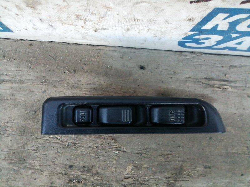 Блок упр. стеклоподьемниками Isuzu Elf NKS81 4HL1 передний правый (б/у)