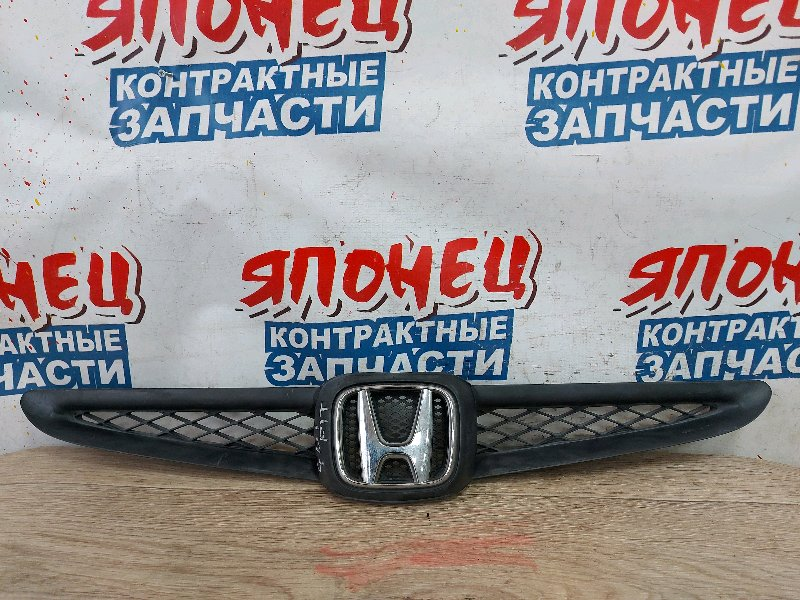 Решетка радиатора Honda Fit GD1 L13A (б/у)
