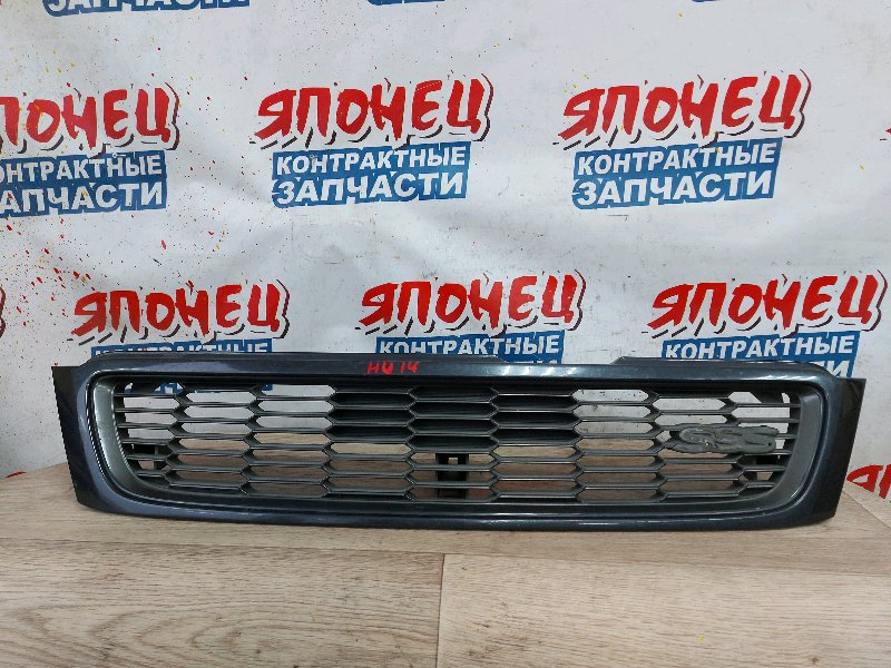 Решетка радиатора Nissan Bluebird HU14 SR20DE (б/у)