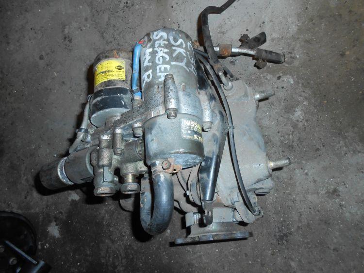 редуктор задний Nissan Stagea C34 б/у с электро мотором