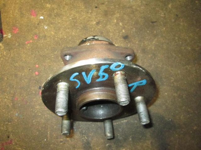 Ступица Toyota Vista SV50 задняя (б/у)