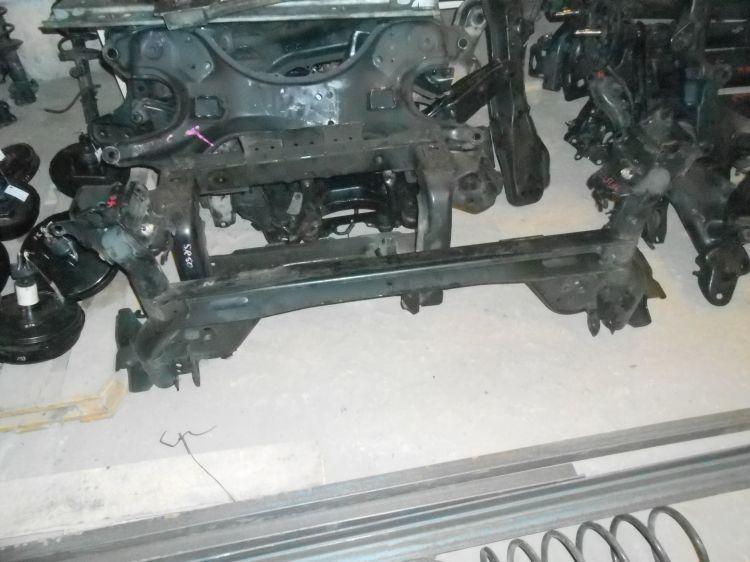 балка задняя Nissan Juke YF15 б/у