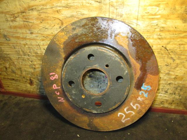 тормозной диск Toyota Sienta NSP85/NCP50 F б/у 4*100 (255*25)
