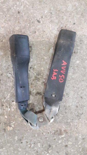 Ответная часть ремня безопасности Toyota Camry AVV50 задняя правая (б/у)