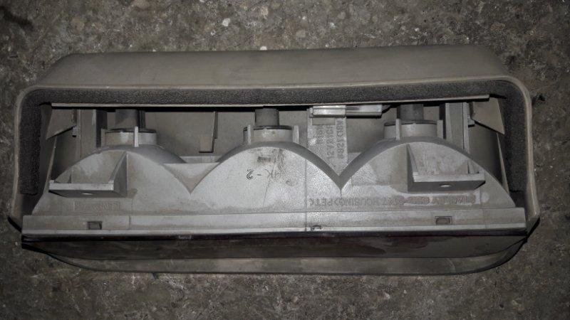 Стоп-сигнал Mitsubishi (б/у)