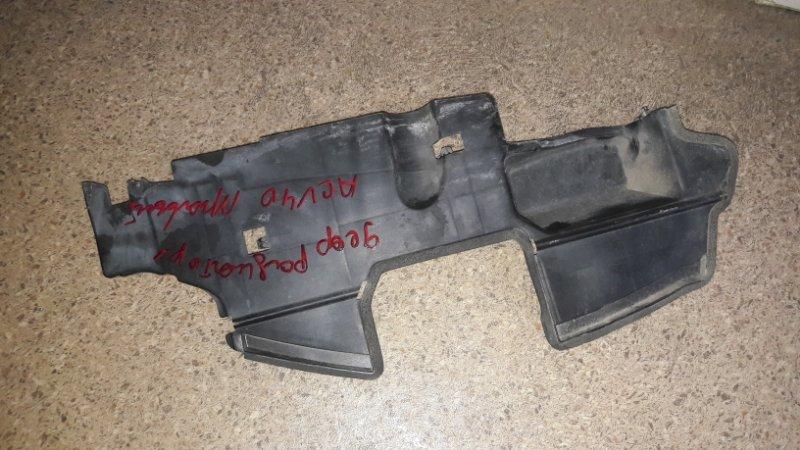 Дефлектор радиатора Toyota Camry ACV40 2AZ 2007 правый (б/у)