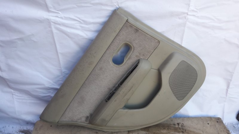Обшивка двери Nissan Tiida C11 задняя левая (б/у)