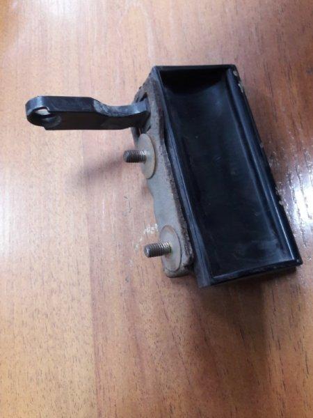 Ручка задней двери Mitsubishi Pajero Sport K96W (б/у)