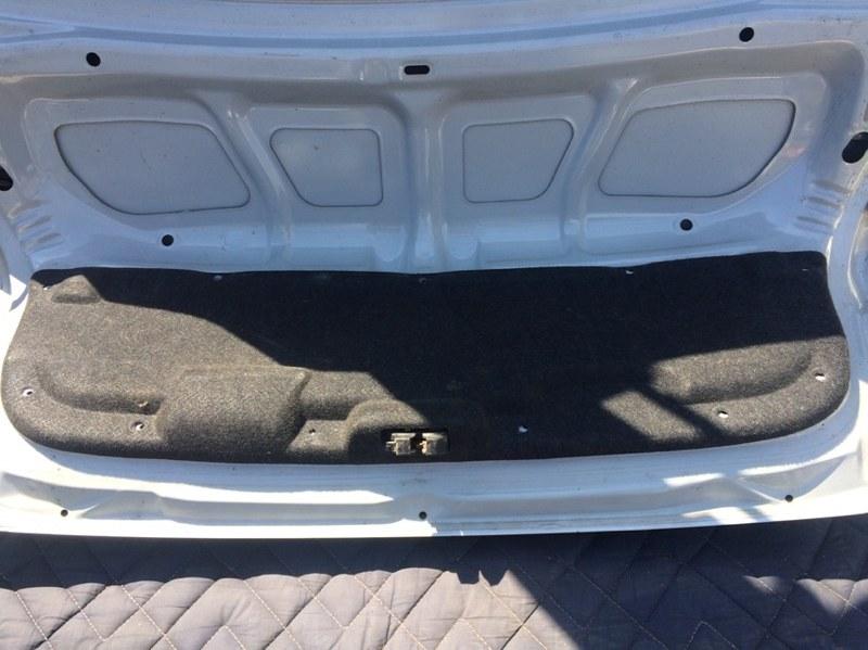 Обшивка крышки багажника Mazda Capella GF8P (б/у)