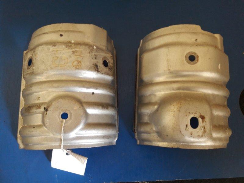 кожух защитный выпускного коллектора Toyota Camry ACV40 2AZ б/у нижняя часть