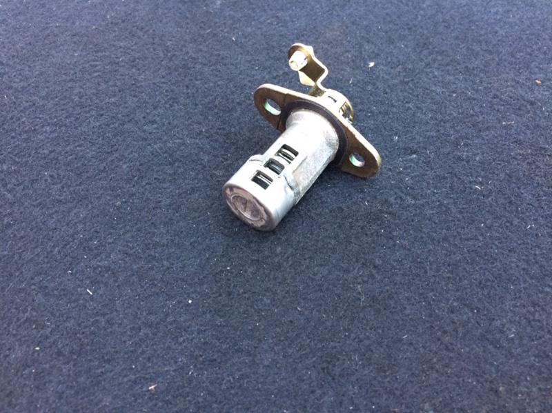 Личинка замка задней двери Nissan Expert W11 (б/у)