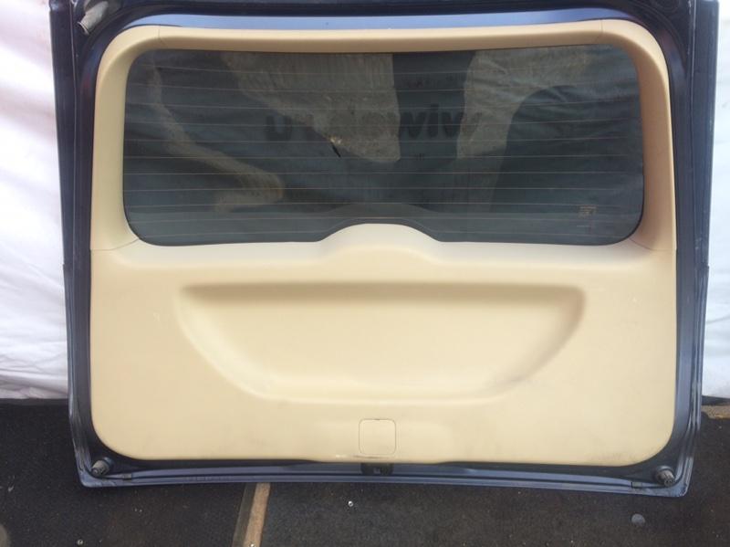 Обшивка двери багажника Honda Stream RN6 (б/у)