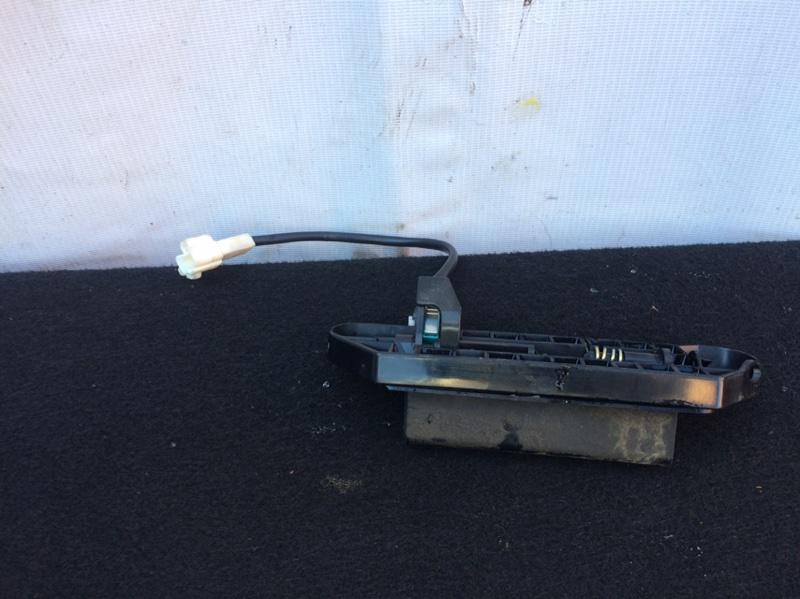 Ручка двери задней Toyota Ipsum ACM21 (б/у)