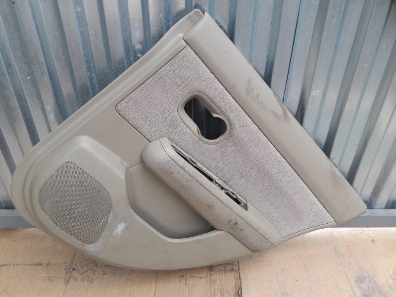Обшивка двери Nissan Tiida Latio C11 задняя правая (б/у)