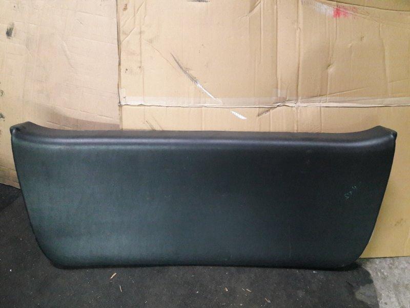 Обшивка двери багажника Toyota Corolla Fielder NZE120 2002 (б/у)