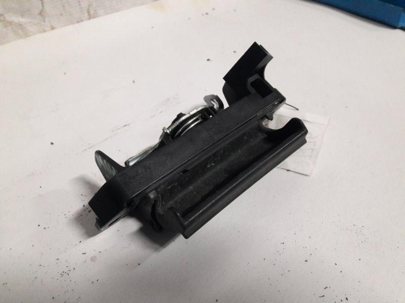 Ручка задней двери Toyota Kluger ACU20 2000 (б/у)
