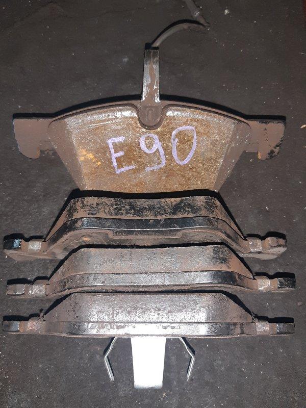 тормозные колодки BMW E90 передние б/у