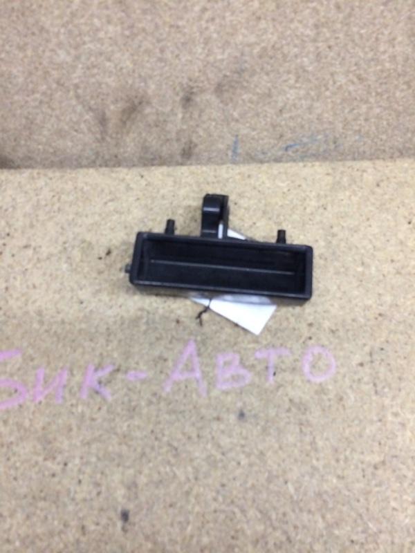 Ручка двери задней Honda Stepwgn RF5 (б/у)