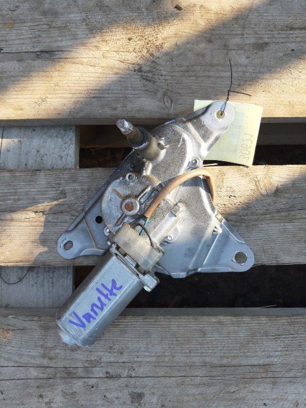 Моторчик заднего дворника Mazda Bongo SKP2M (б/у)