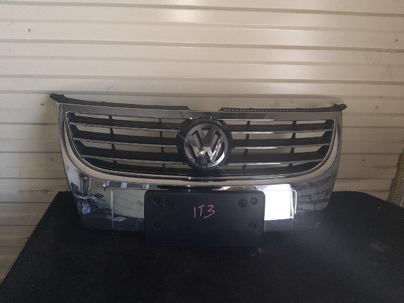 Решетка радиатора Volkswagen Touran 1T3 (б/у)