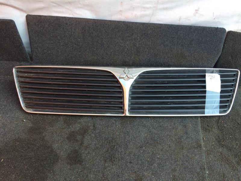 Решетка радиатора Mitsubishi Lancer Cedia CS2A 2000 (б/у)