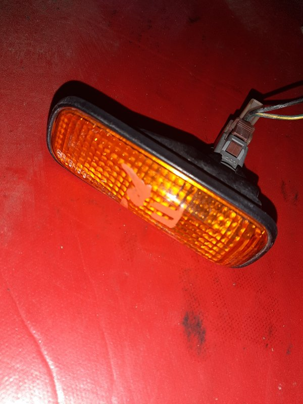 Повторитель в крыло Honda Accord CF4 передний правый (б/у)