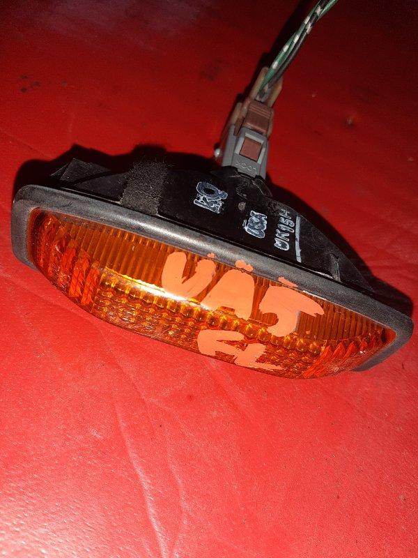 Повторитель в крыло Honda Inspire UA5 передний левый (б/у)